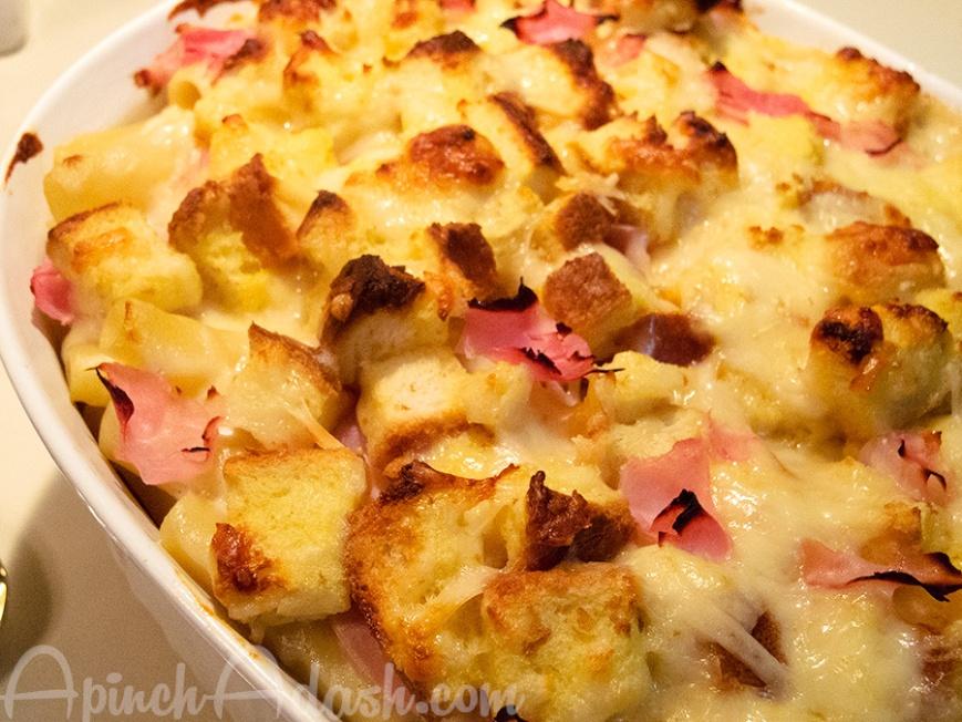 Croque Monsieur Mac & Cheese apinchadash.com
