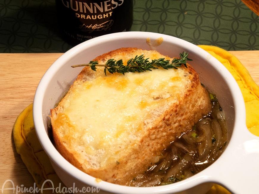 Irish Onion Soup apinchadash.com